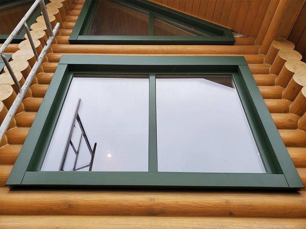Лебедевка: реставрация фасада и террас, изготовление и монтаж наличников (фото 2)