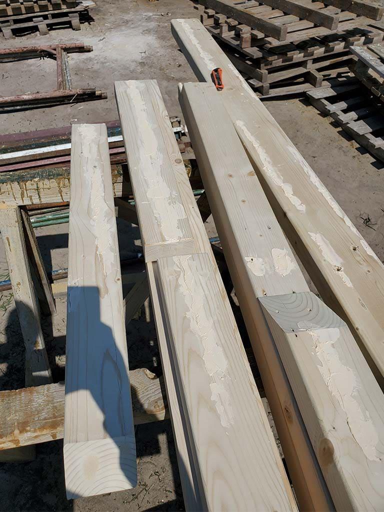 Лебедевка: реставрация фасада и террас, изготовление и монтаж наличников (фото 21)