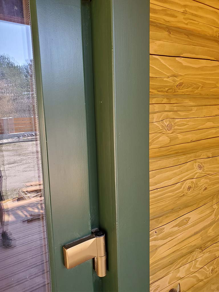 Лебедевка: реставрация фасада и террас, изготовление и монтаж наличников (фото 22)