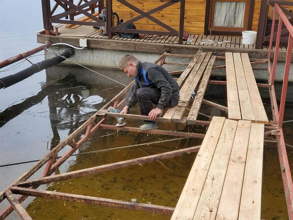 Золоче: реставрация дома на воде (фото 10)