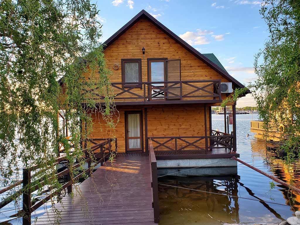 Золоче: реставрация дома на воде (фото 16)