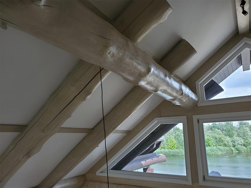 Осокорки: внутренняя отделка дикого сруба (фото 14)
